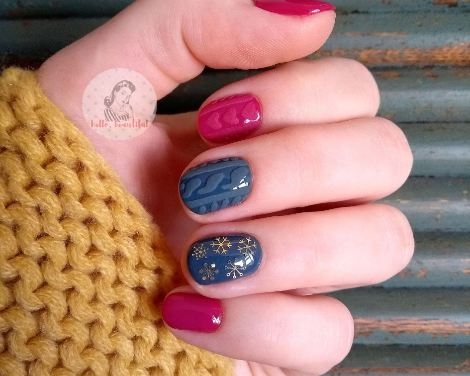 cable knit manicure.jpg