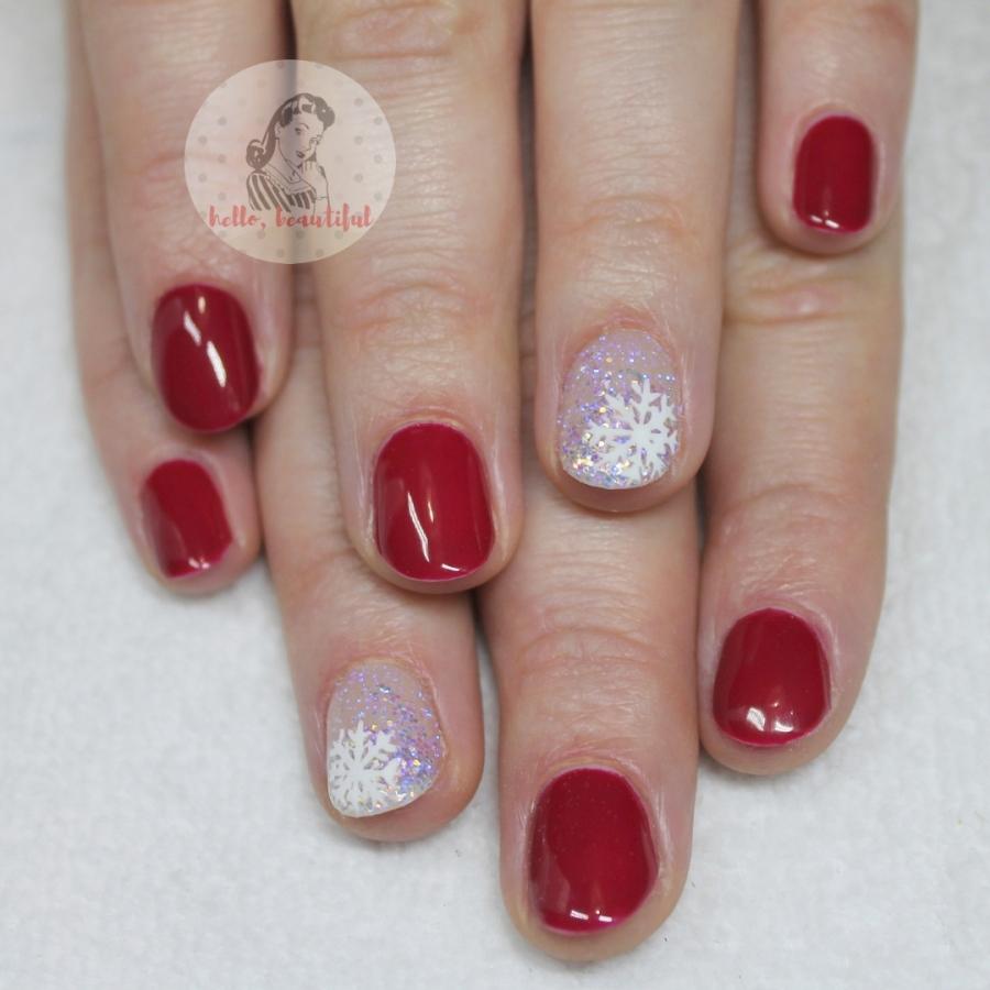 red winter xmas nails