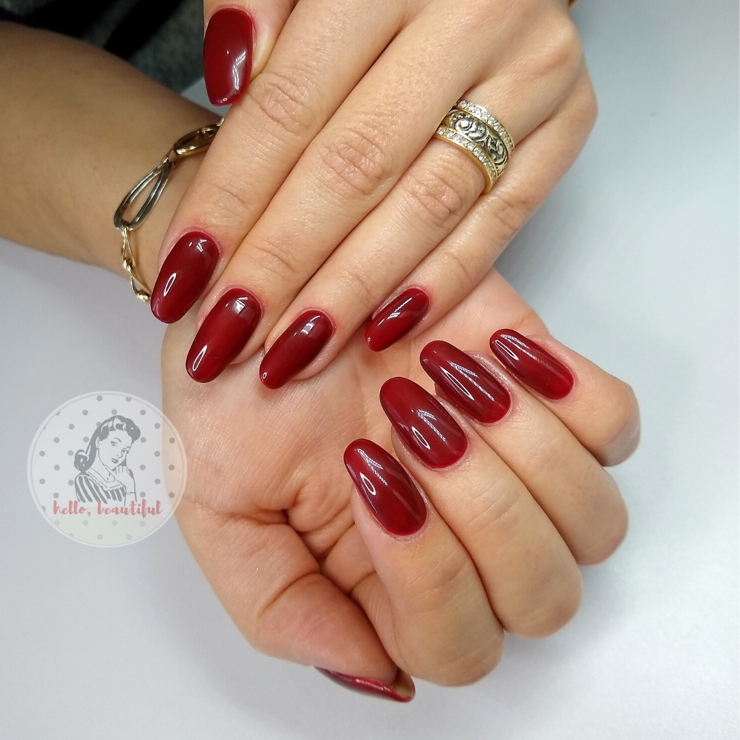 red autumn nails